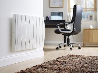 Radiador bajo consumo en oficina