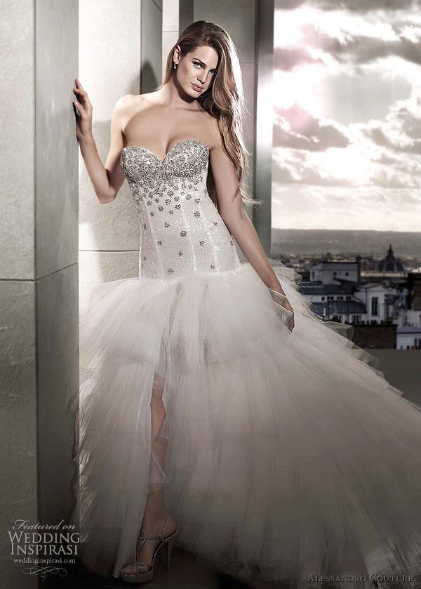 1aff8f52c بالصور..فساتين زفاف فرنسيه 2012 ~ انثي استثنائيه