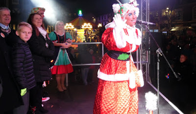 Picture: Renowned Scunthorpe pantomime performer Annie Fanny entertaining the crowd at the Brigg Christmas Lights Switch-on 2018 - see Nigel Fisher's Brigg Blog