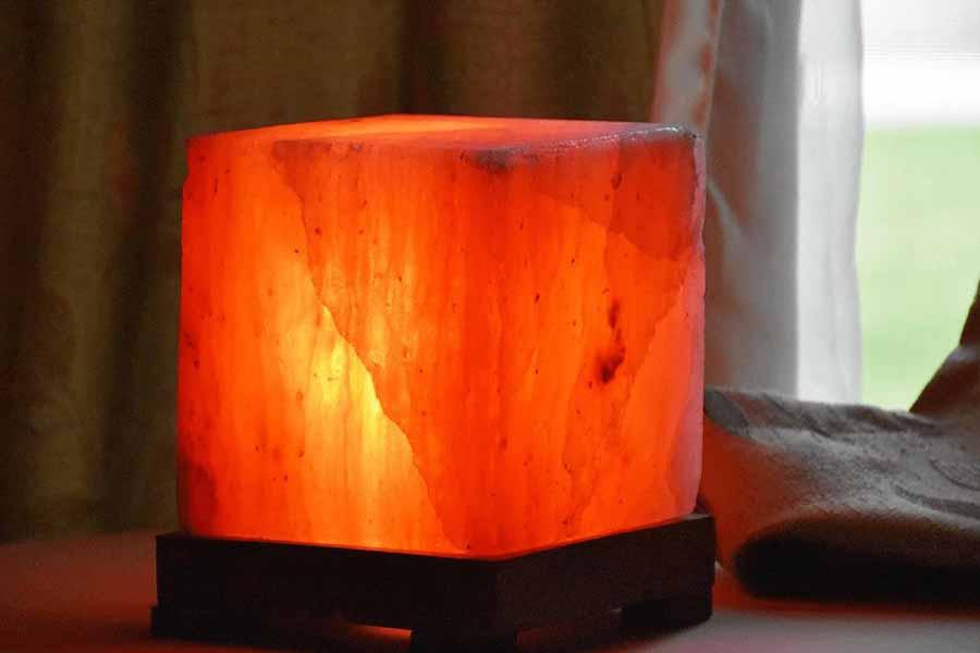 Đèn đá muối Himalaya Hình Vuông