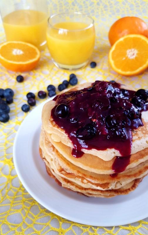 kulinarikus orangen kokos pancakes ohne ei mit blaubeer. Black Bedroom Furniture Sets. Home Design Ideas