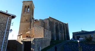 Iglesia-Fortaleza de San Saturnino de Artajona.