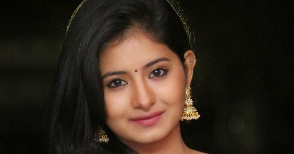 Reshmi Menon New Gorgeous Photo Gallery