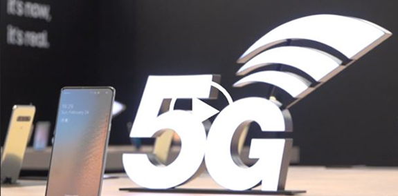 Major wireless carriers in South Korea are rolling out the 5G wireless service on the Samsung Galaxy S10 with promises of faster speeds and connectivity.