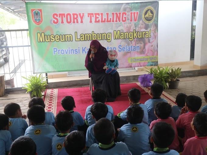 Story Telling IV: Mendongeng bersama Bunda Enik