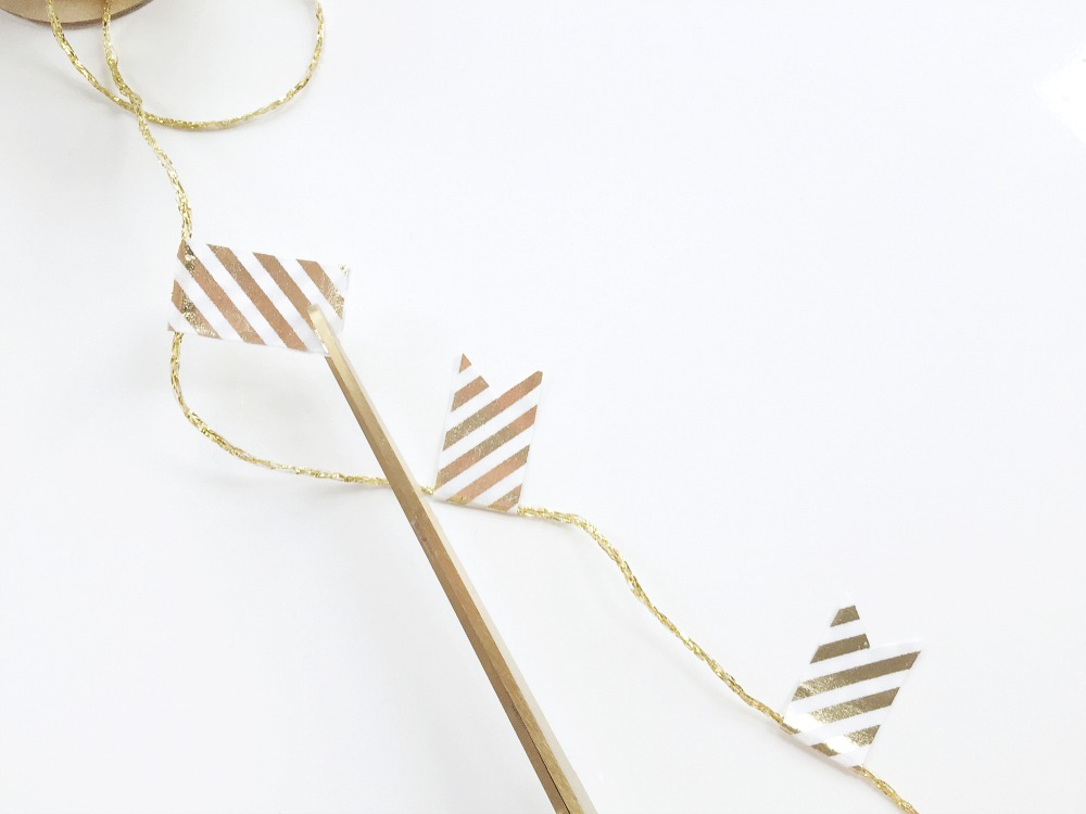 diy garland, gold glitter, DIY christmas, garland making, washi tape ideas, washi tape crafts
