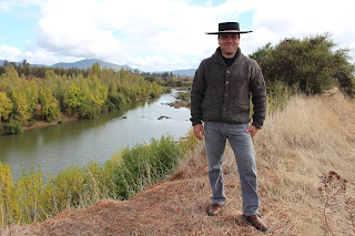 Cowboy winemaker Cesar Opazo Vargas. Photograph by Janie Robinson, Travel Writer