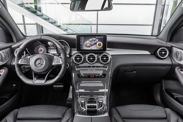 Interior Mercedes-AMG GLC 43 4Matic Coupé