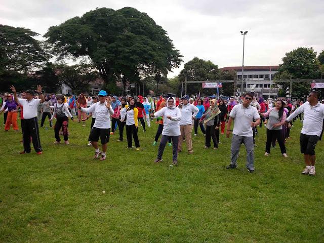 Senam Bersama dengan Plt Bupati Subang Dalam Acara HKN ke 52