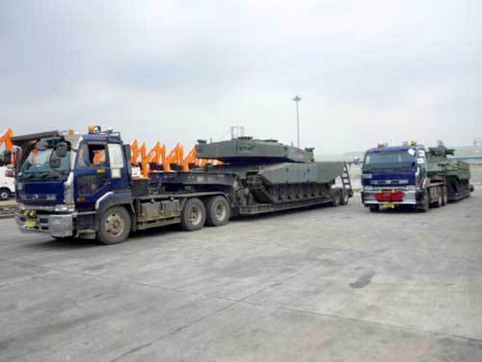 Tank Leopard 2 Revolution RI (Pelabuhan Tanjung Priuk)