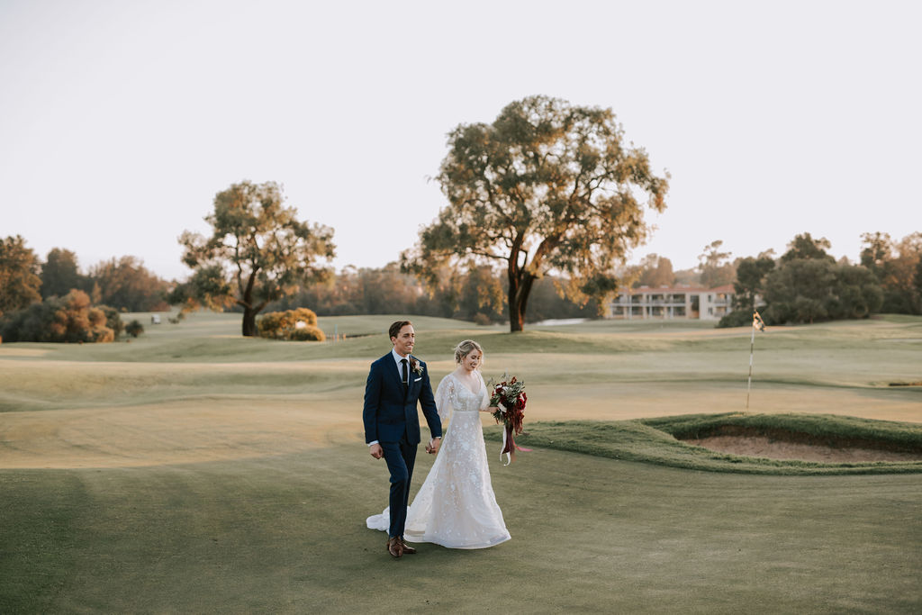 amy skinner photographer swan valley wedding day perth bridal gown floral designers