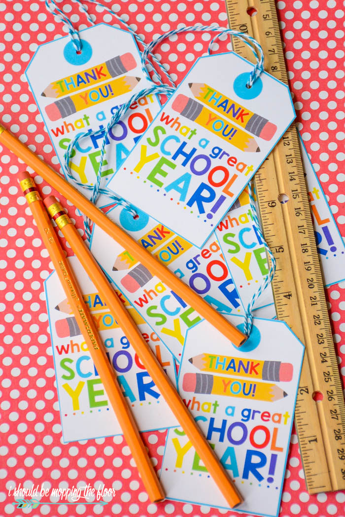 Free Printable End-of-School Gift Tags | Perfect for all school personnel and graduates of all levels, too!