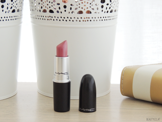 collection rouges a levres mac swatchs swatch hot gossip