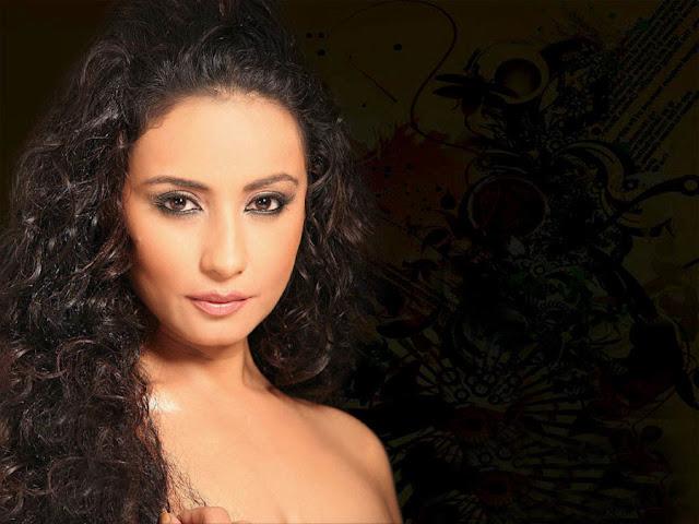 Divya Dutta HD Wallpapers Free Download