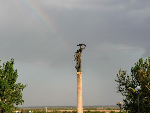 Херсон. Статуя Перемоги