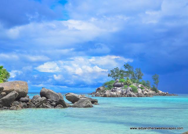clear waters in Seychelles