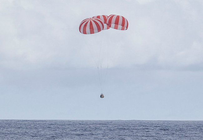 Tinuku SpaceX Dragon capsule landed in Pacific Ocean, return from ISS
