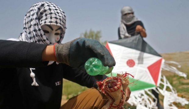 Dihantui Layang-layang Api, Israel Kerahkan Sniper hingga Pesawat Tempur