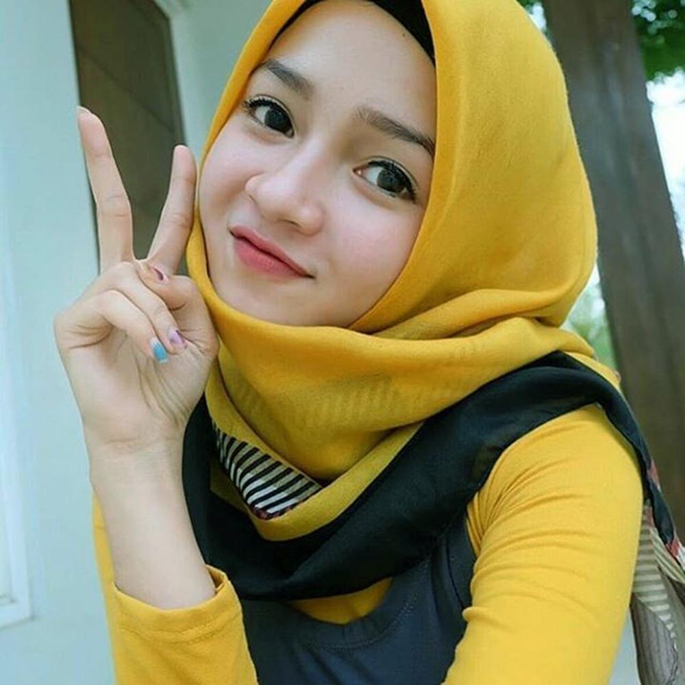 cewek manis jilbab kuning manis dan imut