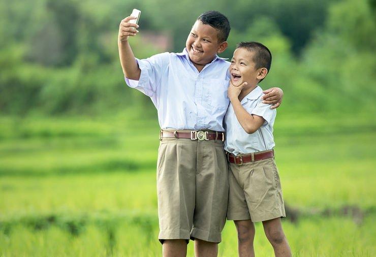 Akıllı Telefonun Çocuklara Zararları