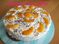 http://cuisinezcommeceline.blogspot.fr/2016/08/gateau-aux-peches.html