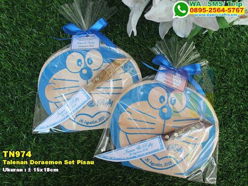 Talenan Doraemon Set Pisau