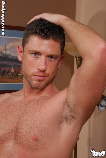 Sexy beefy hunk Boston Miles getting naked