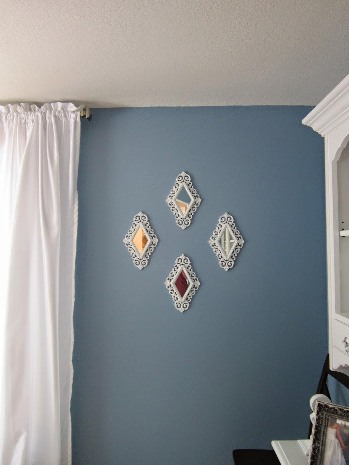 Como decorar com espelhos e fazer arranjos na parede. Blog Achados de Decoração