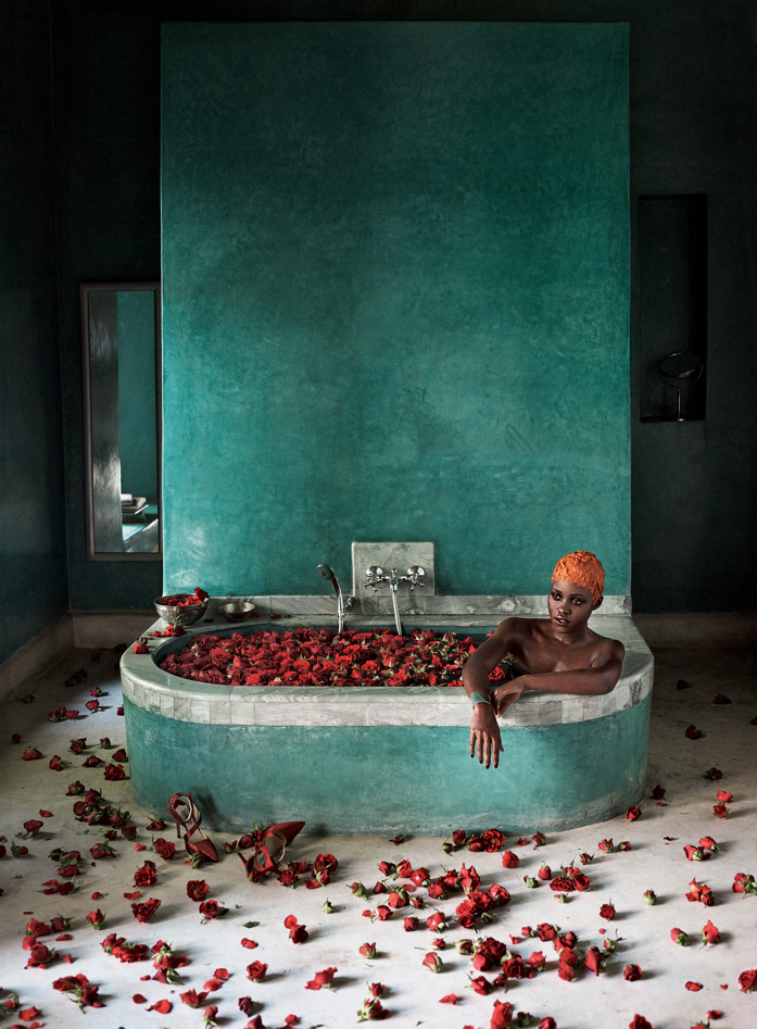 11 Beautiful Bath Tubs that Bring Bath Time Up a Notch