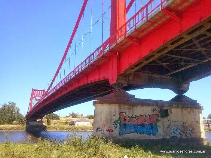 puentecolgantenecochea