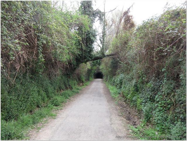 otro túnel al final del pasillo