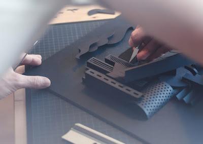 khắc giấy bằng dao