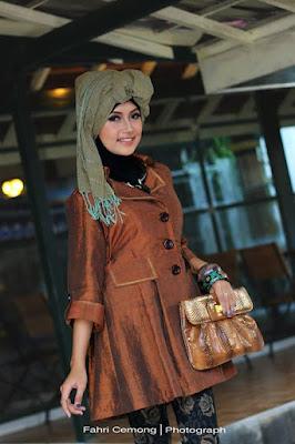Tips Tampil Modis dan Modern dengan Hijab