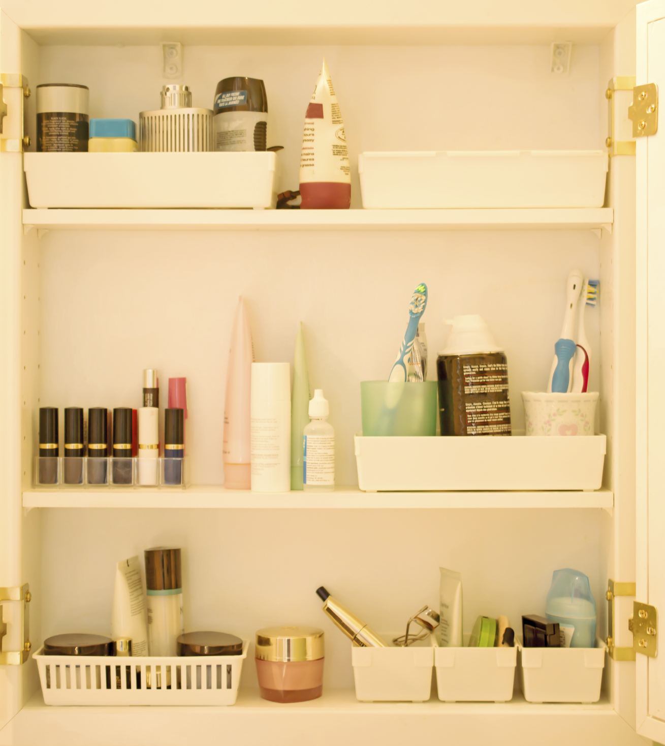 AP Plumbing : Bathroom Storage Solutions for Your Remodel