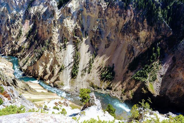 Великий каньйон Єллоустона. Єллоустонський національний парк. Вайомінг. США (Grand Canyon of the Yellowstone. Yellowstone National Park, Wyoming)