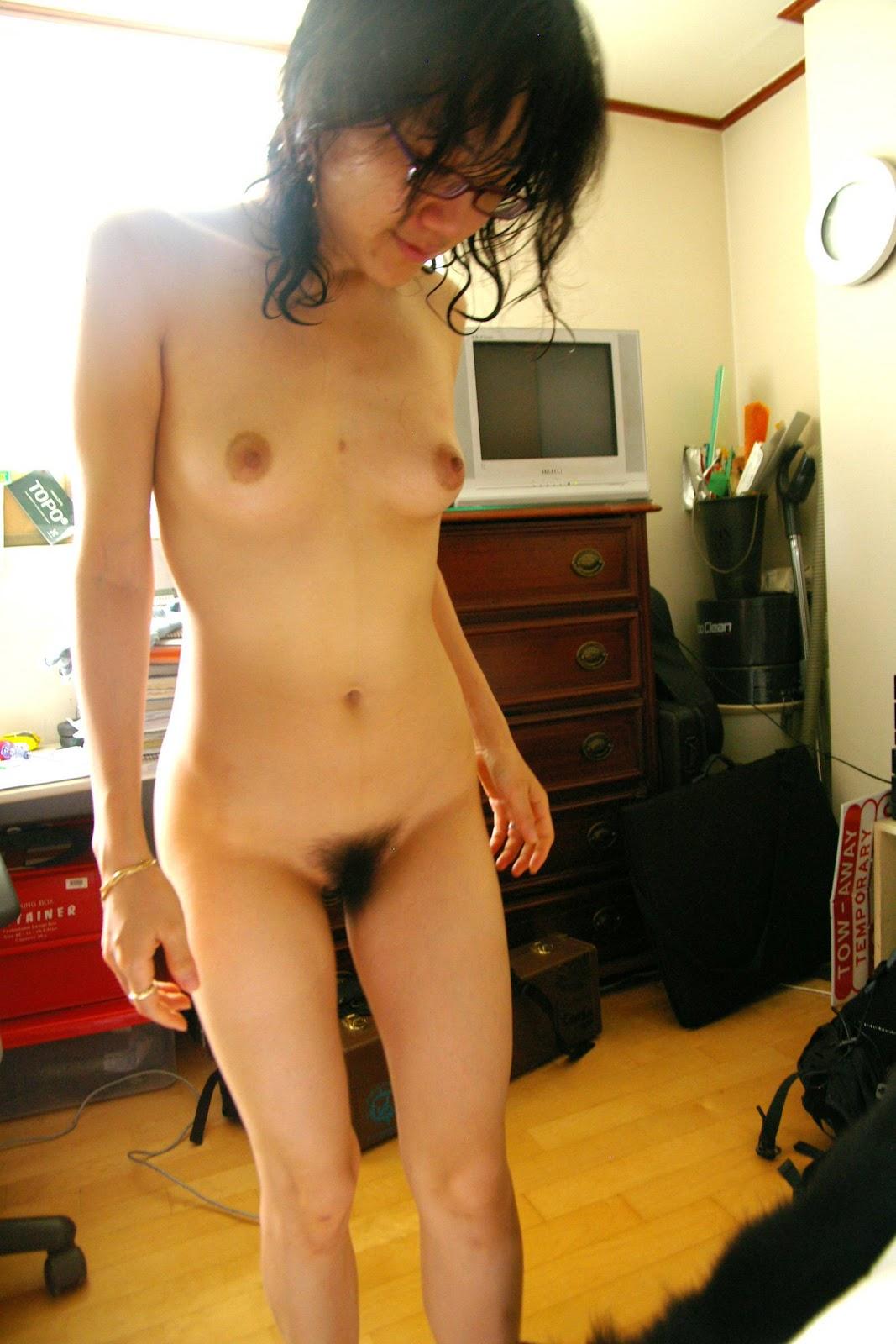 Naked Girls Moaning