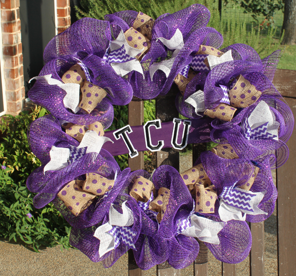 deco mesh wreath college school spirit