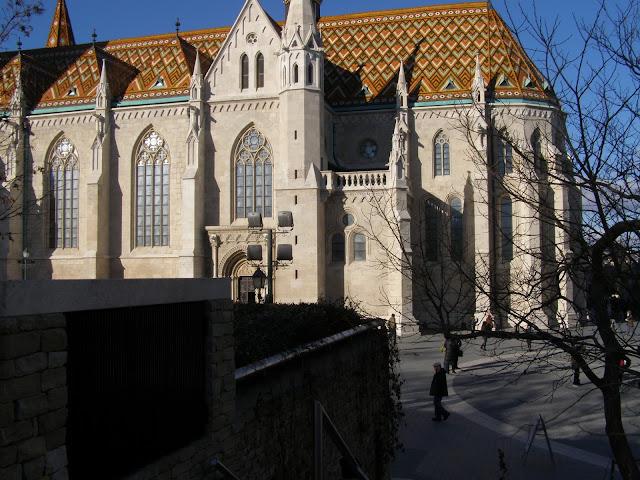 vedere catre biserica Matthias