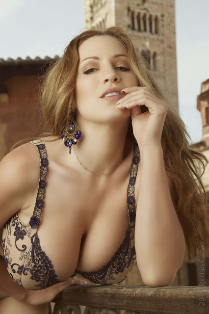 Jordan-Carver-PIAZZA-Photoshoot-hot-sexy-picture-20