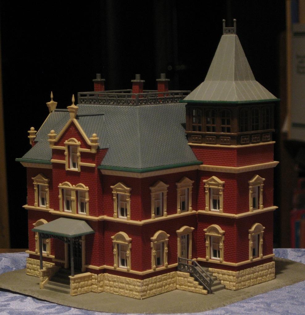 Jims Junk Model Powers N Gauge Victorian House Kit