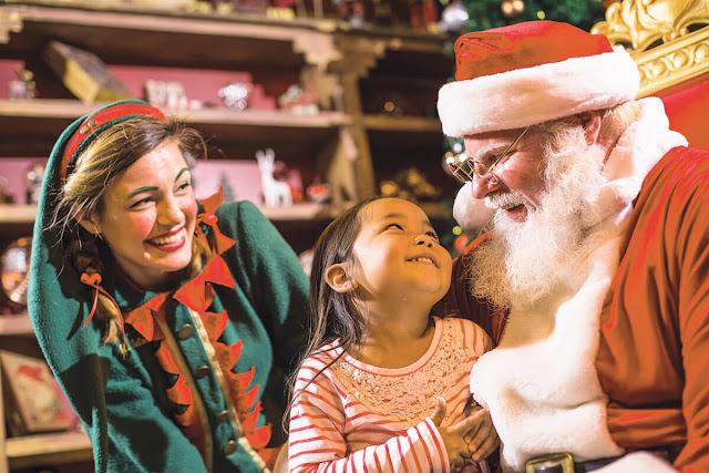 Papai Noel no Natal no Busch Gardens: Christmas Town