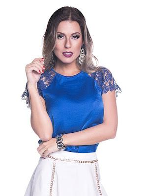 blusinha blusa azul mulher feminina blue blouse shirt camicetta blu bleue linda fashion moda tendencia elegante seda renda cetim manga