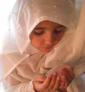 Doa menaklukan hati laki-laki jarak jauh versi islam Doa Menaklukan Hati Pria Jarak Jauh Versi Islam