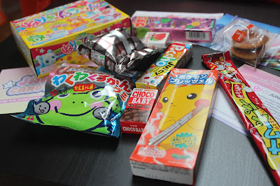 Japan Candy Box Review!! + Giveaway for a Japan Candy Box!