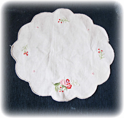 image shabby chic wall art tutorial diy embroidered doily vintage flowers floral