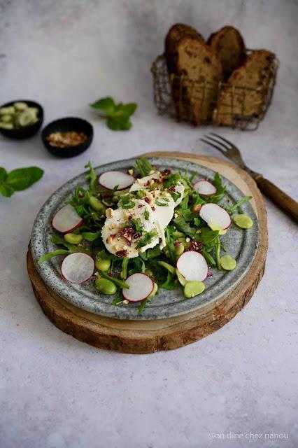 crottin , chèvre , moelleux , salade composée ,