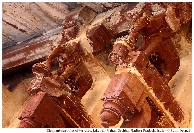 Elephant supports under the terrace, Jahangir Mahal, Orchha fort, Madhya Pradesh, India - Images by Sunil Deepak