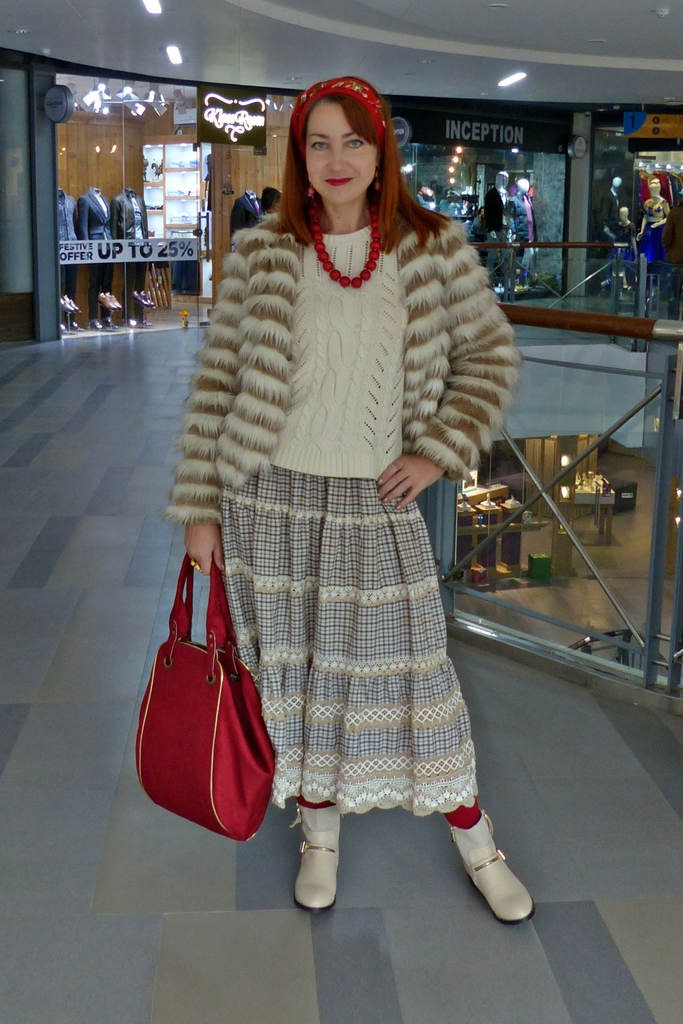 Folk style winter outfit