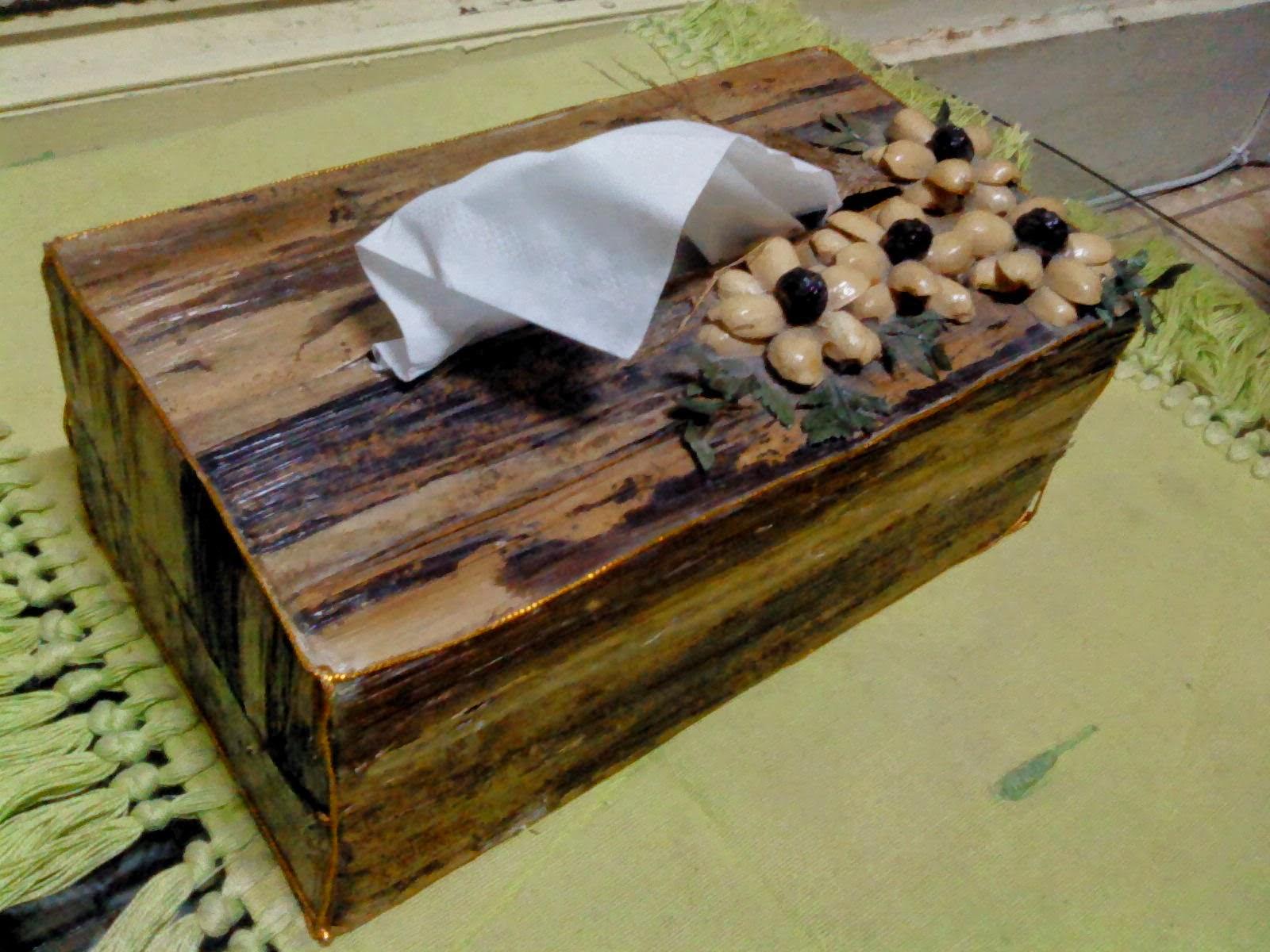 Cara membuat kotak tisu dari pelepah pisang - ZIQIN BERBAGI 3a906d8a3b