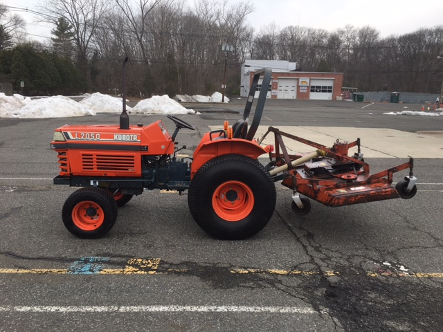 Newsearch Equipment & Salvage: Nice Kubota L2050 with Befco